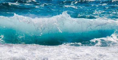Ola de agua de mar