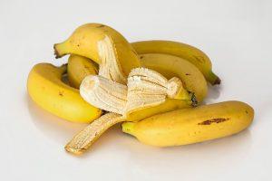 Platanos y bananas tropicales