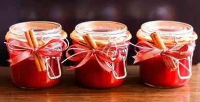 Botes de mermelada, confitura y compota de fresa