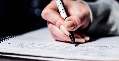 Escribiendo palabras acentuadas con tilde