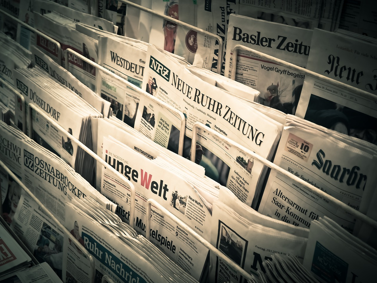 Periodicos con noticias subjetivas